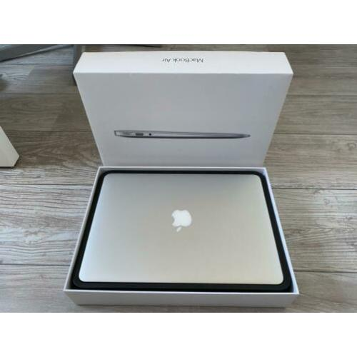 Zeer nette Apple MacBook Air 13""